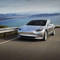 Consumer Reports suspende al Tesla Model 3 en frenado, y Musk contraataca con... una actualización de software