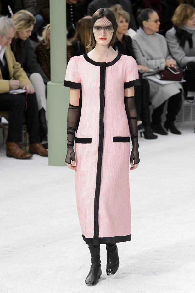 Foto de Chanel Alta Costura Primavera-Verano 2015 (45/73)