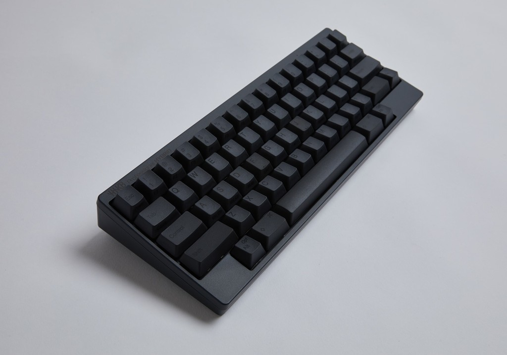 Los teclados mecánicos de HHKB se renuevan: ahora cuentan con USB-C y Bluetooth, pero mantienen su singular herencia y diseño
