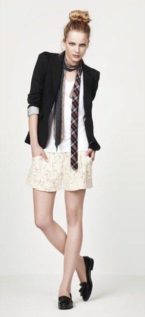 Zara, nuevo lookbook para el Verano 2010: blanco y negro