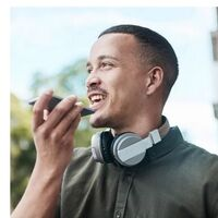 Facebook lanza Live Audio Rooms, su propio Clubhouse, que permitirá convertir conversaciones en grupo a Podcasts