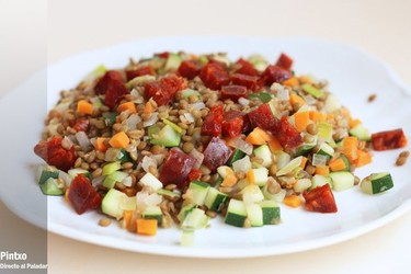 Receta de ensalada de lentejas con chorizo