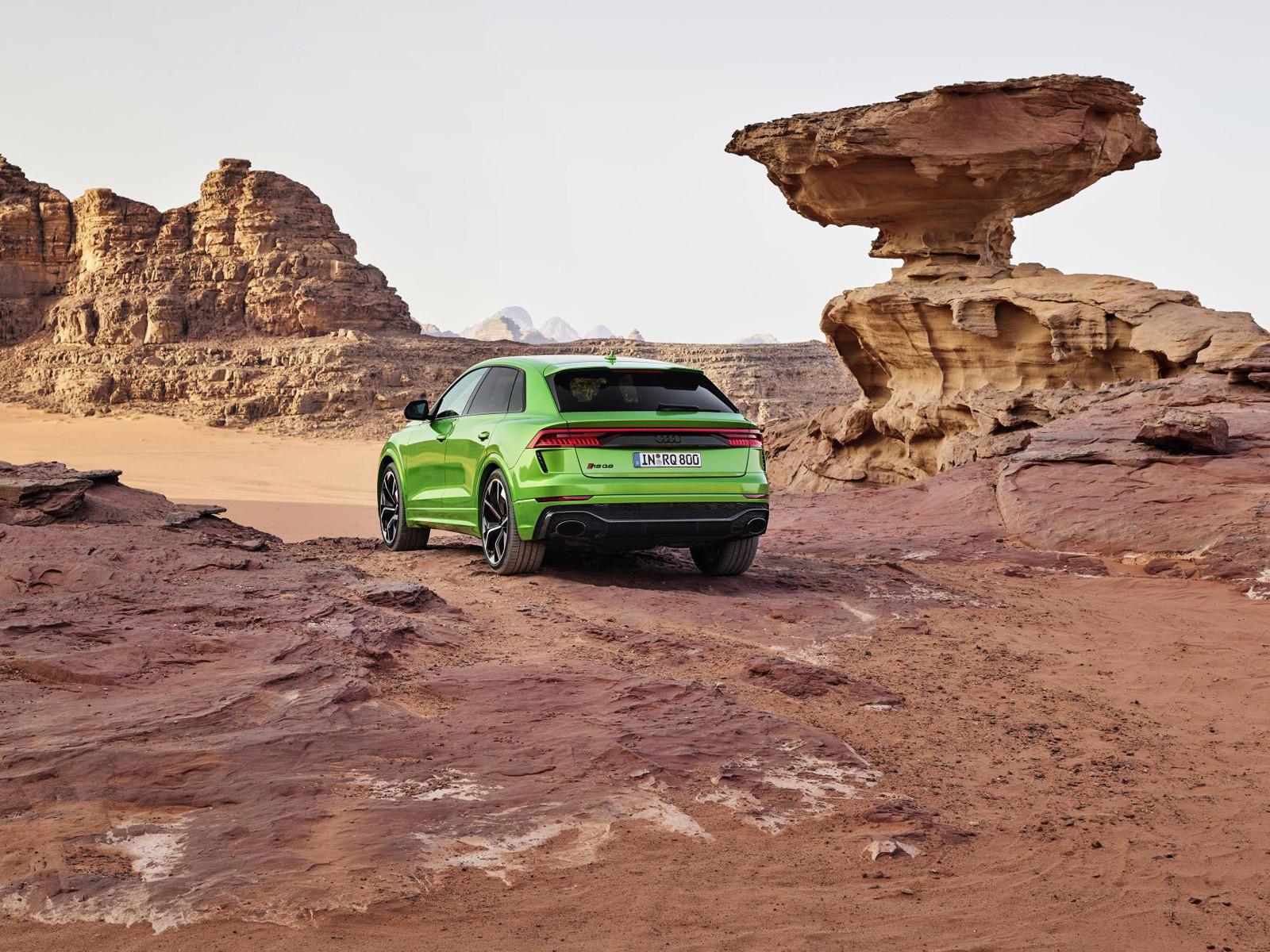 Foto de Audi RS Q8 2020 (46/47)