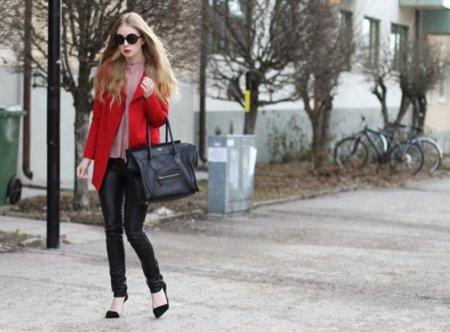 Rojo Carolina Engman de Fashion Squad