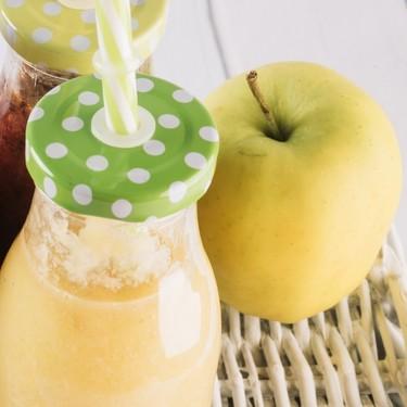 Licuado de manzana con avena. Expertos avalan que sirve para bajar colesterol y triglicéridos