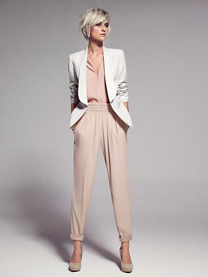 Ni pitillo, ni campana: la moda son los pantalones baggy y de cintura elástica