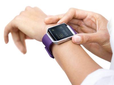 El soporte para recibir notificaciones llega a la app de Fitbit y los betatesters en Windows 10 Mobile
