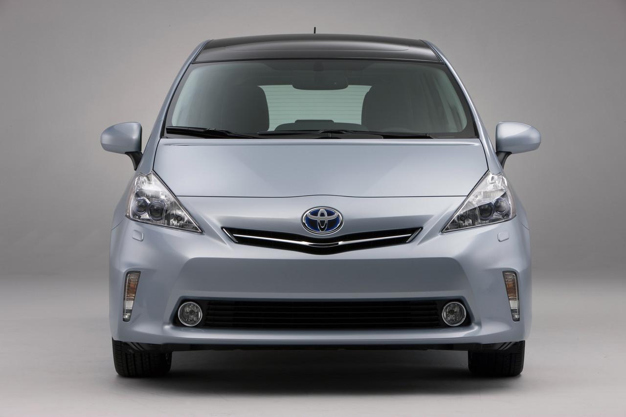 Foto de 2011 Toyota Prius v (14/77)