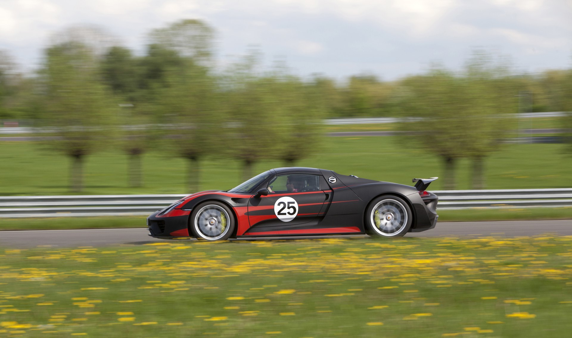 Porsche 918 Spyder 2 13