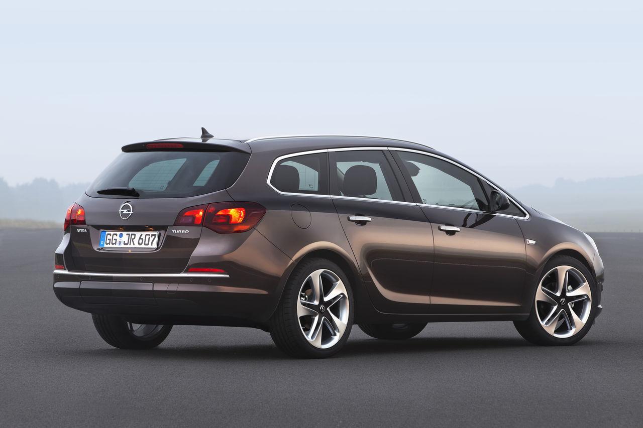 Foto de Opel Astra 2012 (17/28)