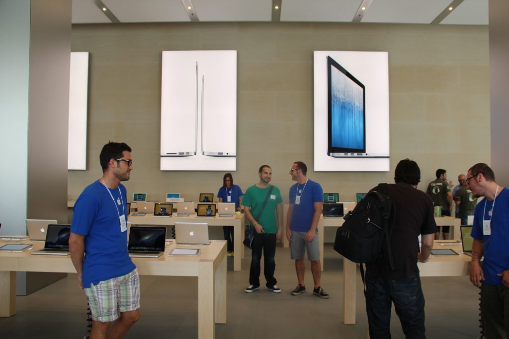 Foto de Apple Store Passeig de Gracia (45/50)