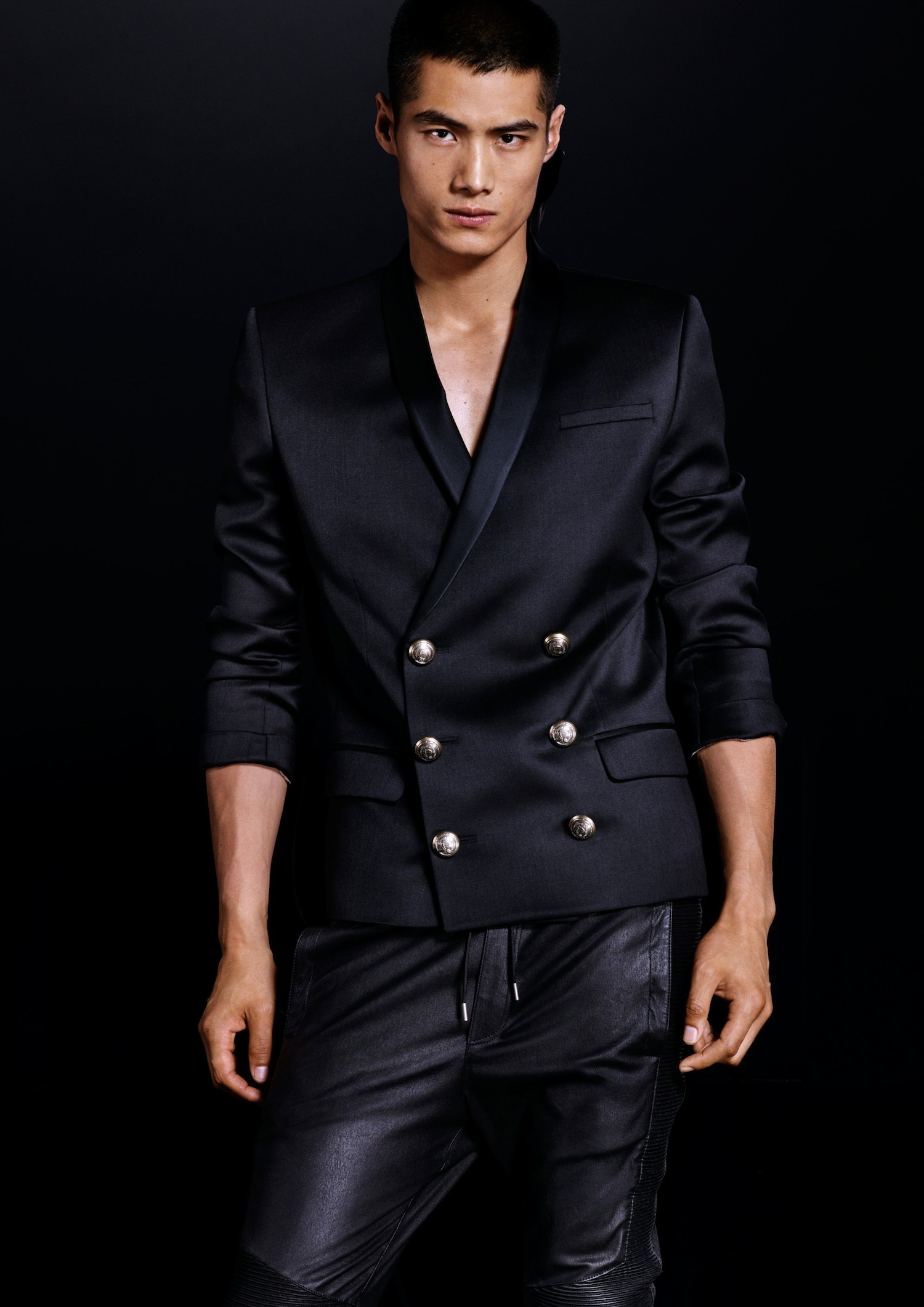 Foto de Lookbook de H&M x Balmain (29/38)