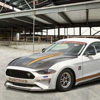 Este es el brutal Ford Mustang Cobra Jet: Una bestia de 8,5 segundos y 241 km/h en el cuarto de milla