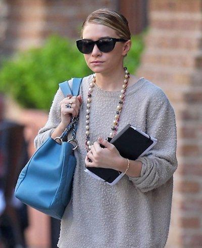 Ashley Olsen alarga sus faldas
