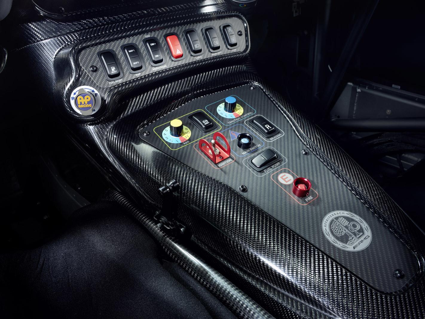 Foto de Mercedes-AMG GT4 (11/14)