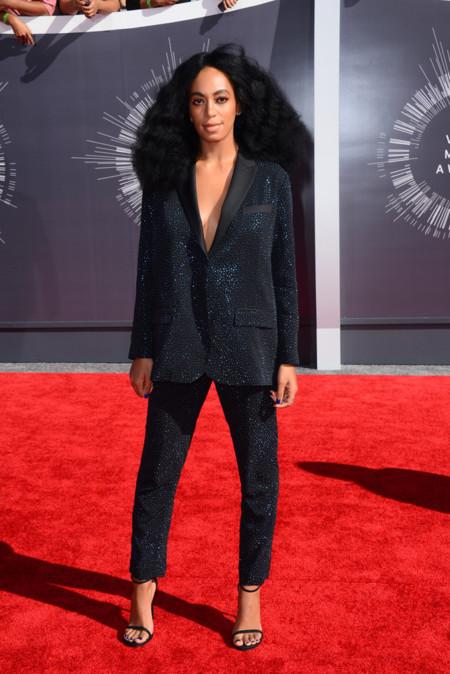 Solange Knowles de H&M Studio