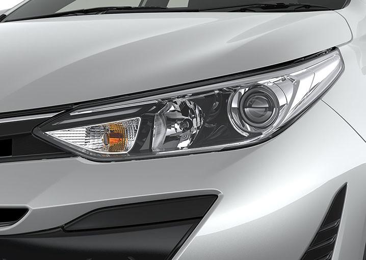 Foto de Toyota Yaris Sedán 2018 (7/14)
