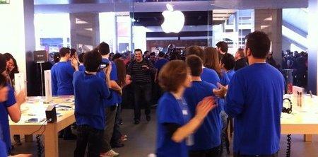 apple-store-la-maquinista-barcelona-entrada-clientes.jpeg