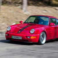 El Porsche 911 (964) resucita como deportivo eléctrico con este restomod de más de 500 CV, aunque no es barato