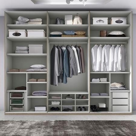 Cinco consejos para superar con éxito la operación cambio de armario