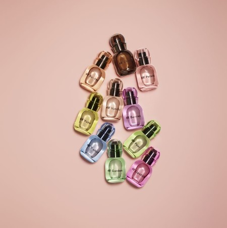 La línea de belleza de H&M crece con 25 nuevos perfumes