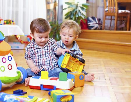 Juguetes recomendados para regalar en Navidad a niños de uno a dos años