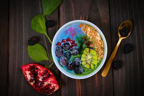 Perder peso a largo plazo: por qué las dietas detox no funcionan y qué podemos hacer para adelgazar de forma segura