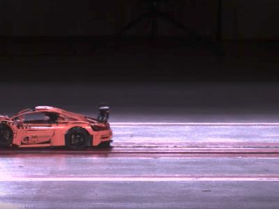 La prueba de choque más brutal es para un Porsche 911 GT3 RS... de LEGO