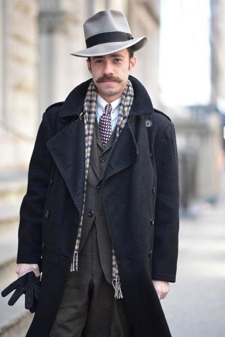 Street style bigote