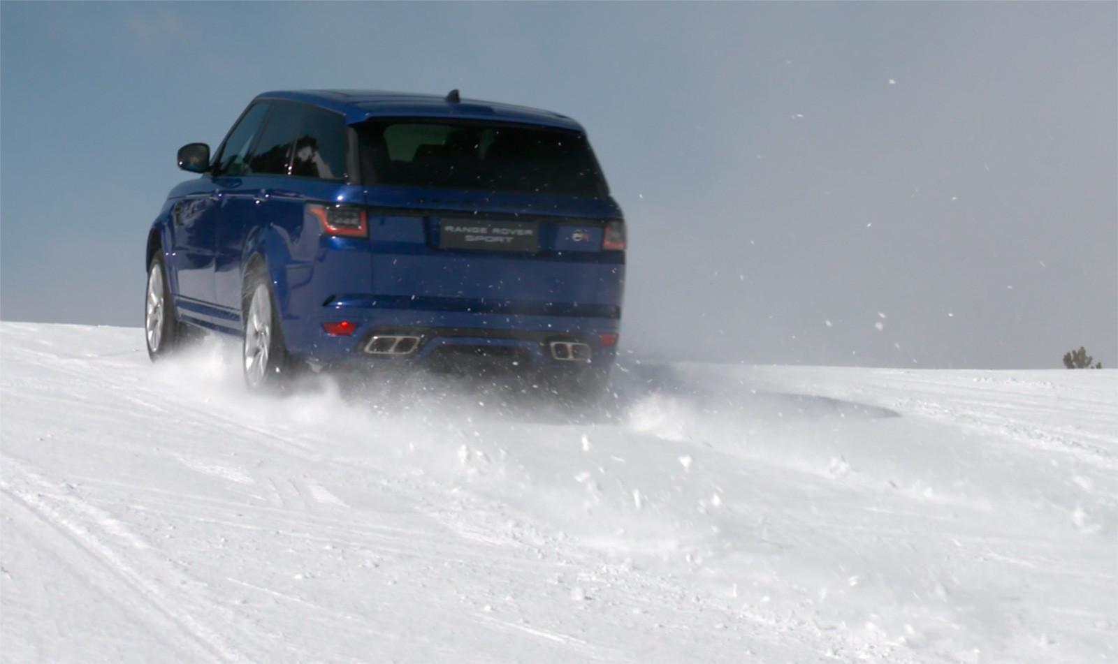 Foto de Curso de conducción en nieve de Jaguar Land Rover (15/28)