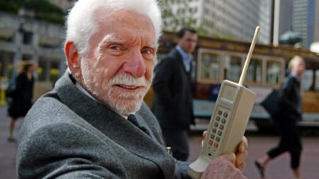 Así  nos vendían y nos fascinaban con los primeros terminales móviles hace 30 años