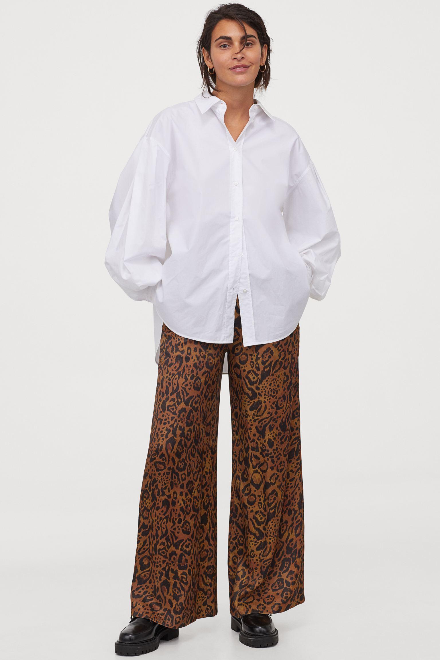 Pantalón amplio de satén