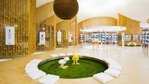 El antiguo Cine Cid Campeador de Madrid se convierte en Pangea, la tienda de viajes más grande del mundo
