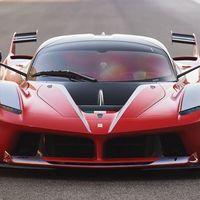 Este Ferrari FXX-K y otros 39 supercoches se subastarán en el GP de Abu Dhabi a un precio astronómico