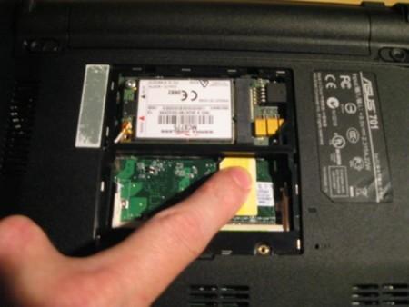 Asus Eee con 3G, una modificación más