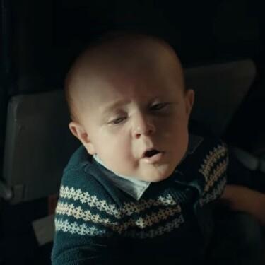 Los bebés son protagonistas en este adorable anuncio de pañales en la Super Bowl