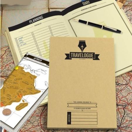 Una agenda de viaje con mapas para rascar los países que visitas