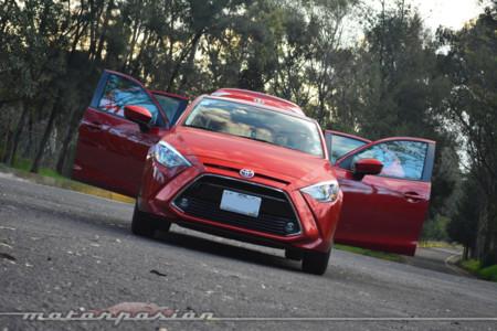 Toyota Yaris R 3