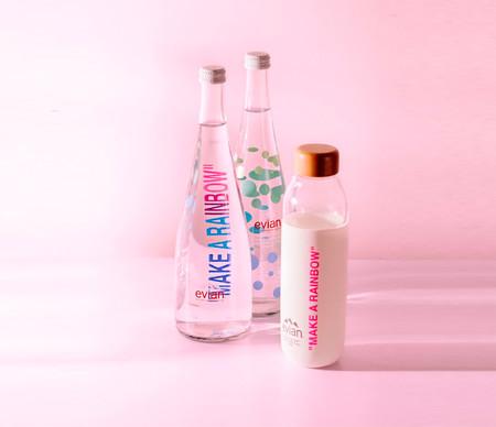 Virgil Abloh, director creativo de Louis Vuitton, diseña unas botellas reutilizables inspiradas en el arcoíris que serán piezas de coleccionista