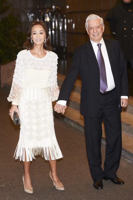 Isabel Preysler De Andrew Gn Con Mario Vargas Llosa B