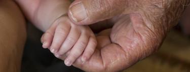 """La historia del hombre que salvó la vida de más de dos millones de bebés gracias a """"su brazo de oro"""""""