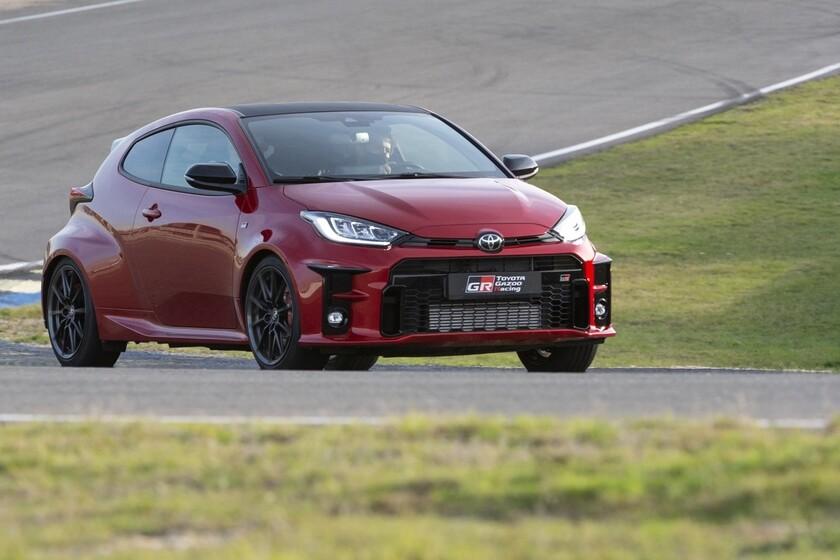 Probamos el Toyota GR Yaris: un auténtico coche de carreras único con sus 261 CV y tracción total para emocionar a quien lo conduce