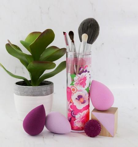 Cómo limpiar las esponjas de maquillaje: claves y trucos para que parezcan siempre como nuevas