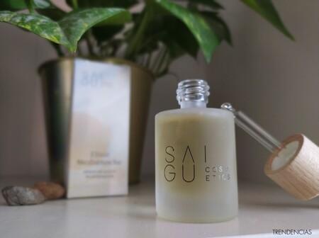 Probamos el sérum de noche que pone la piel súper jugosa porque es aceite pero sin dejar brillos o sensación grasa