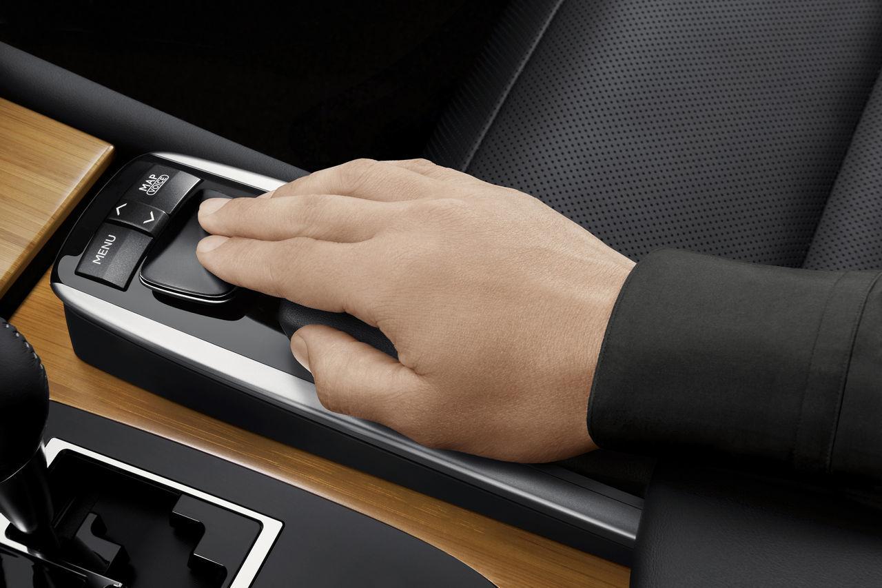 Foto de Lexus GS 450h (2012) (37/62)