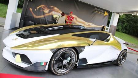 Frangivento Charlotte Roadster, el estrafalario eléctrico de 897 CV con pecera incluida
