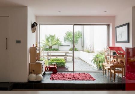 Espacios abiertos y rincones con encanto en una amplia casa para una gran familia en Londres