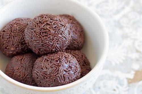 Brigadeiros brasileños. Descubre el bocadito más dulce de Brasil