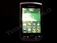 BlackBerry Torch 2, primera imágenes del nuevo híbrido de RIM
