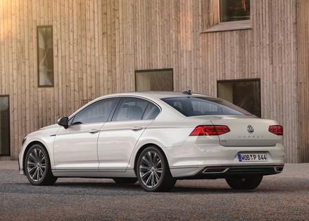 Volkswagen Passat Gte 2020 1600 02